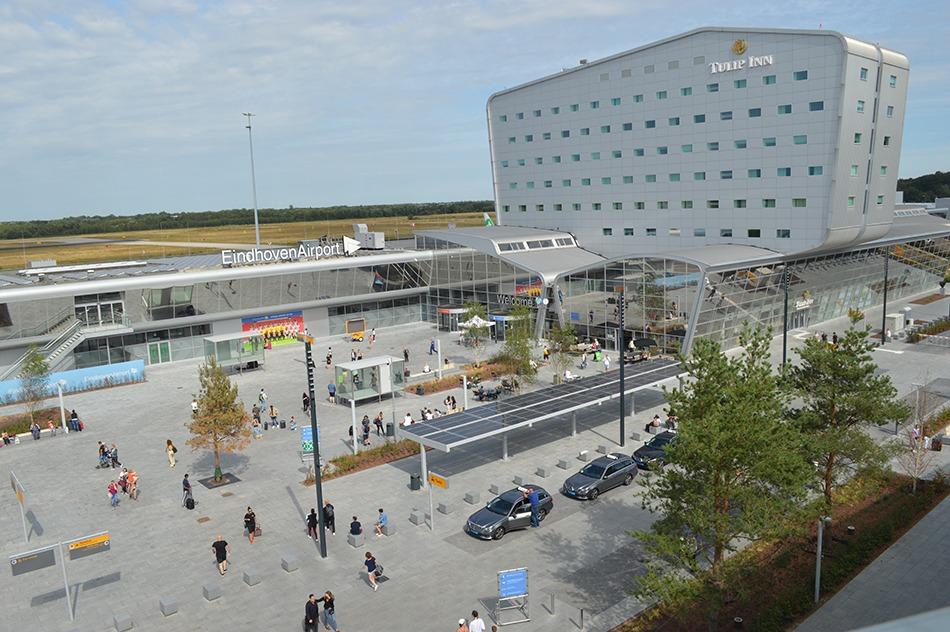 Parken Flughafen Eindhoven